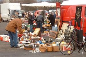 Cara Kerja Sales Yang Baik dalam Menawarkan Barang dan Menjual Produk