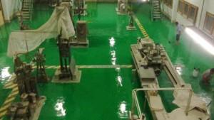 cara pengecatan epoxy lantai 300x169 Jasa Pengecatan Epoxy Lantai Pabrik Terbaik Bergaransi