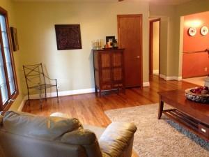 desain ruang keluarga minimalis 300x225 Desain Interior Ruang Keluarga Minimalis