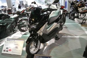 Yamaha Nmax Non Abs, Skuter Matic Berkecepatan Tinggi