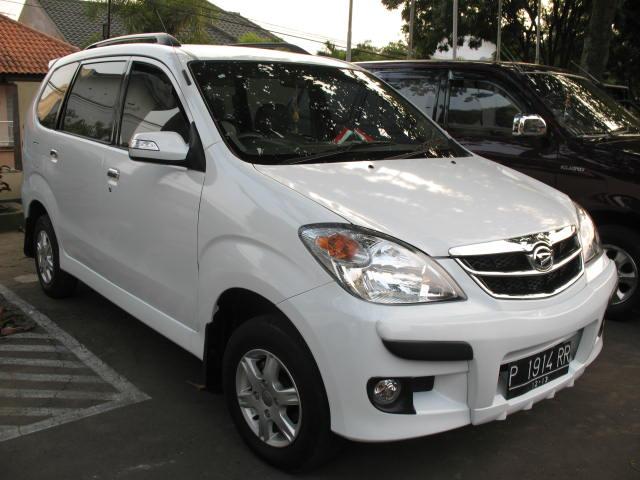 gambar foto mobil daihatsu xenia r sporty terbaru 2016 type x plus Keunggulan Mobil Daihatsu Di Pasar Indonesia