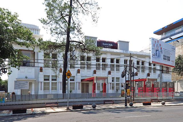 gedung kantor reksadana syariah indonesia Memilih Reksadana Syariah Terbaik 2016