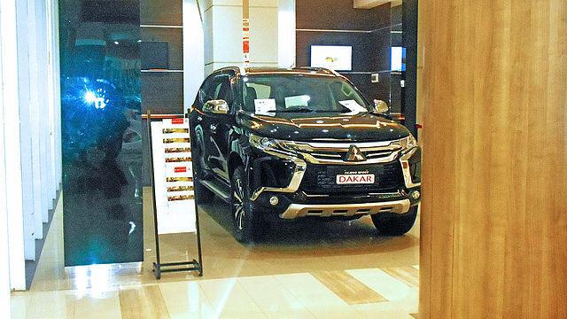 mitsubishi pajero sport 2016 model price in usa photo france Melirik Keunggulan Mobil Mitsubishi Yang Mengesankan