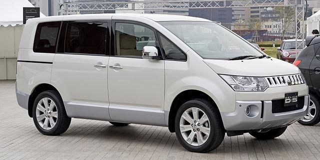 spesifikasi dan harga mitsubishi delica d5 indonesia india china thailand Melirik Keunggulan Mobil Mitsubishi Yang Mengesankan