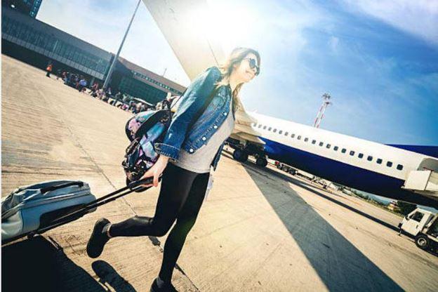 Women in airport Belanja dan Nongkrong Mewah di Pentacity Balikpapan