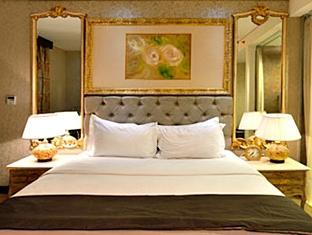 Harga Sewa Kamar Murah di Hotel Amaroossa Royal