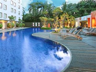 Hotel dengan Kolam Renang dan Taman Bermain Anak di Bogor