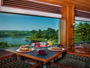 Hotel dengan Pemandangan Indah Sekitar Jakarta