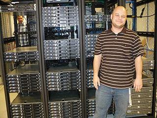 Fasilitas Server Hosting Wikimedia/Florence Devouard