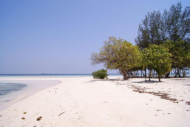gambar foto pulau karimunjawa terbaik bagus pantai laut