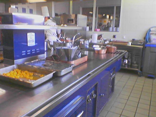 foto usaha kuliner makanan ringan
